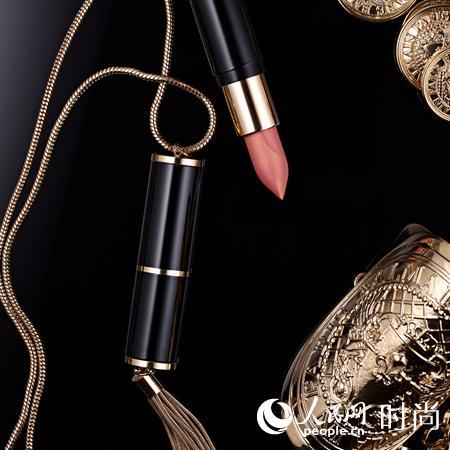 巴黎欧莱雅携手Balmain推出限量合作款口红珠宝系列