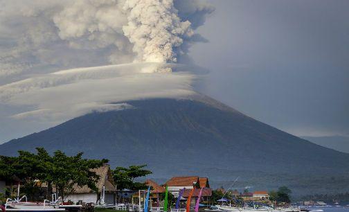 受巴厘岛地震影响的中国游客数量在1.7万人左右.
