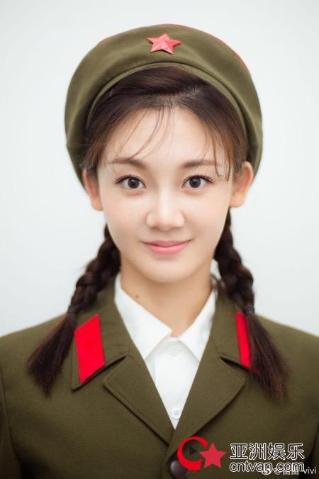 同时,饰演女主何小萍的新生代演员苗苗凭借扎实的演技受到一致好评
