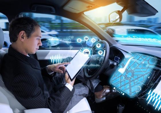 盘点:自动驾驶催生分心驾驶新型原因
