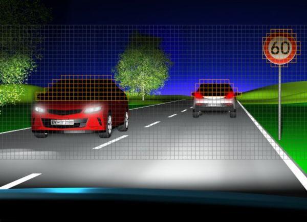 NHTSA提议美国车辆启用自适应驾驶灯 降低碰撞风险提高道路安全