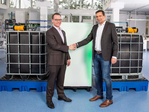 曼胡默尔与CMBlu在可持续电池存储领域展开合作 促进能量转换
