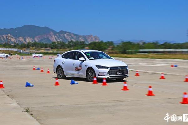 综合实力出众 试驾比亚迪宋Pro EV