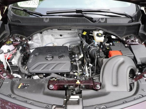 别克全新一代昂科拉GX售15.59万起 轴距达2640mm 配四驱系统