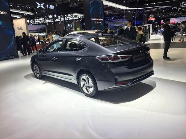 北京现代领动插电混动版正式上市 补贴后售15.78万起/百公里1升油