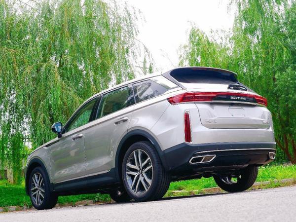 一汽奔腾8月销量突破1万辆/同比劲增96% 全新车型T99下个月上市