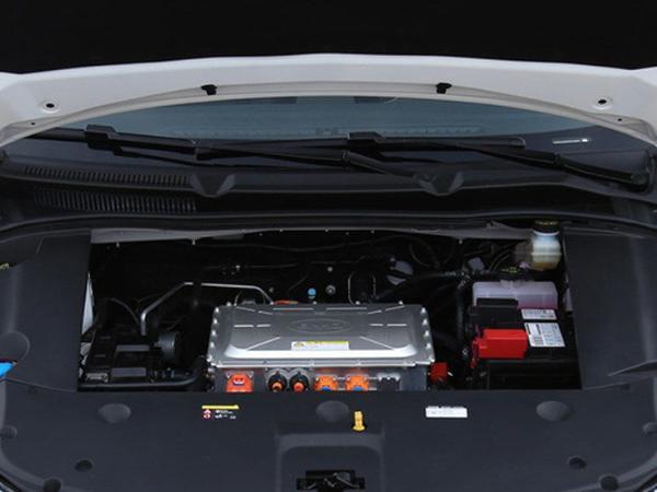 全新比亚迪秦EV将11月5日上市 工信部续航421lm 外观动感