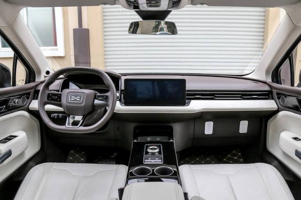 补贴后售19.79万起,爱驰U5正式上市,综合续航里程突破500km