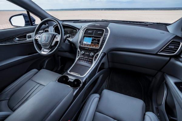 林肯航海家2.7T尊耀限量版车型上市 售49.8万元