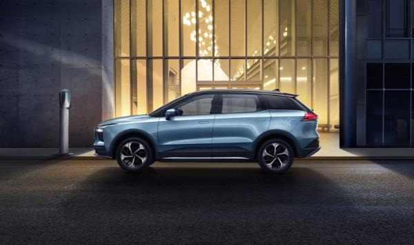 爱驰纯电SUV U5在德国开启预售 起售价为3.779万欧元