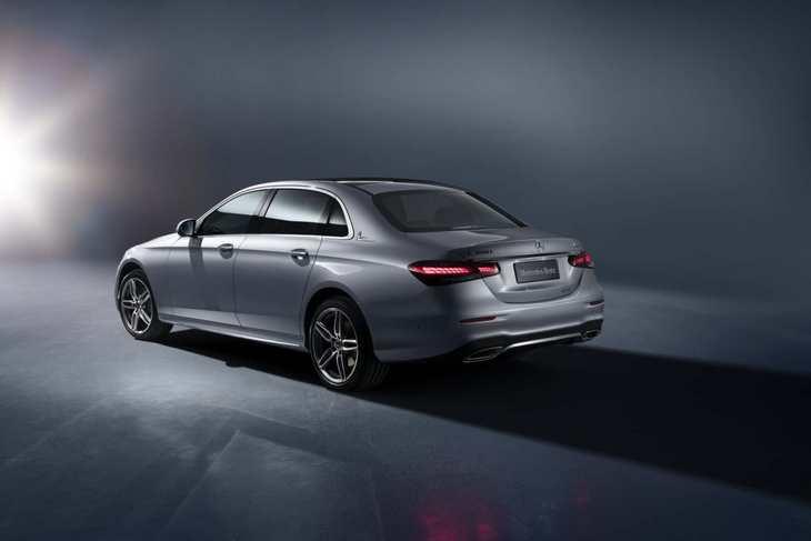 新款奔驰E级正式上市 售43.08-64.28万元