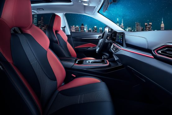 全新首创立体超感座舱正式开箱,长安欧尚X5带给驾乘者5大超感体验