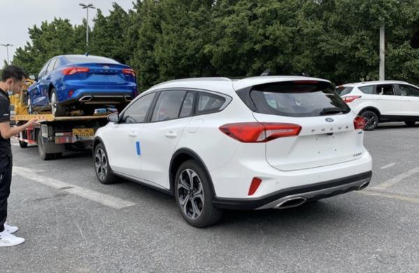 2020广州车展探馆:国产福克斯旅行版实车曝光