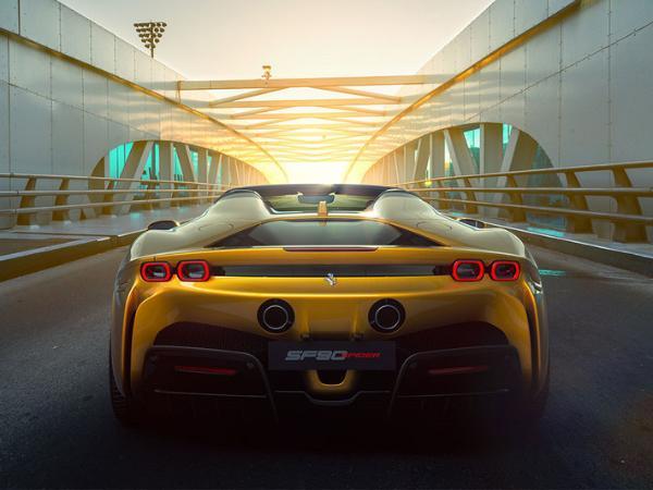 流线型的车身 法拉利SF90 Spider全球首发亮相