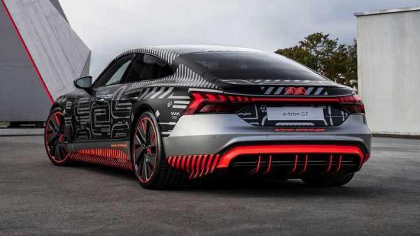 奥迪RS e-tron GT新预告图发布 或2021年正式亮相