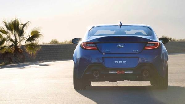 全新斯巴鲁BRZ官图发布 或将换装2.4L水平对置发动机