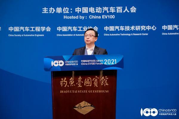 比亚迪董事长王传福:新能源汽车行业迎来了一个高光时刻