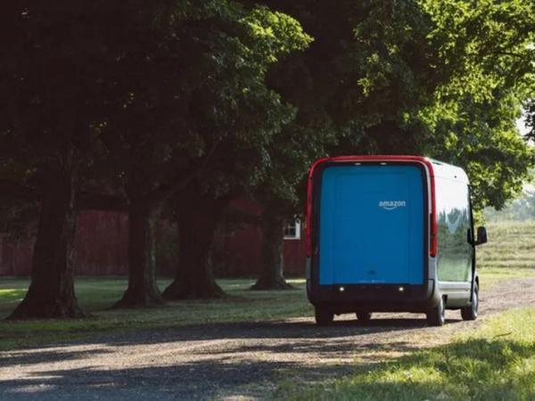 纯电动货车 RIVIAN电动货车进行路测