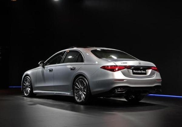 全新一代奔驰S级正式上市 售价区间89.98-181.88万元