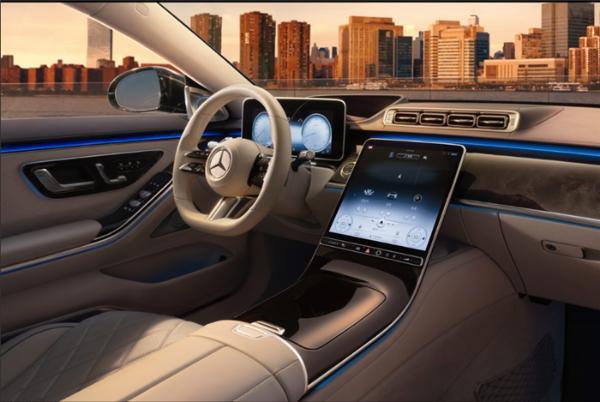 """全新一代奔驰S级是否能成为D级车中的""""标杆""""呢?"""