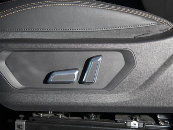 7.89万起,全系标配1.5T发动机,哈弗初恋哪款更值得推荐?