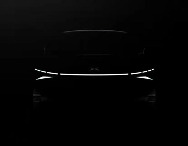 小鹏新车预告图曝光 年内亮相 或将搭载激光雷达