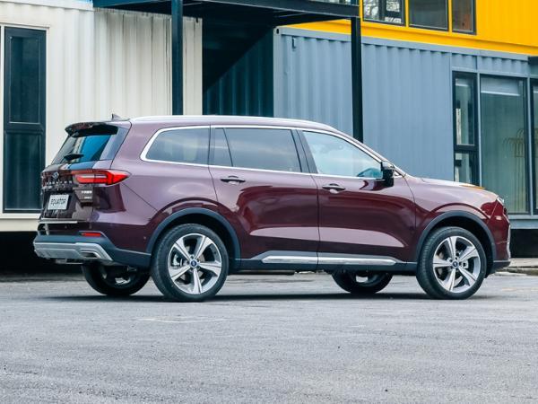 福特全新中大型SUV领裕实车图曝光
