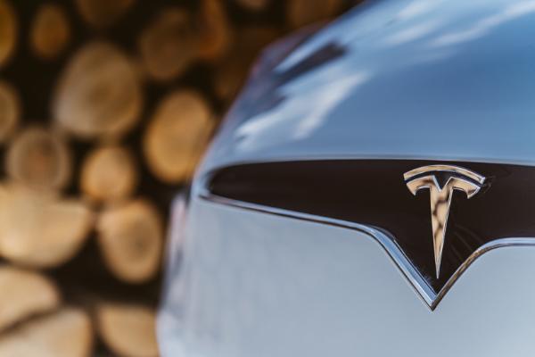 特斯拉将在下一个城市会见巴基斯坦总理 讨论电动汽车投资