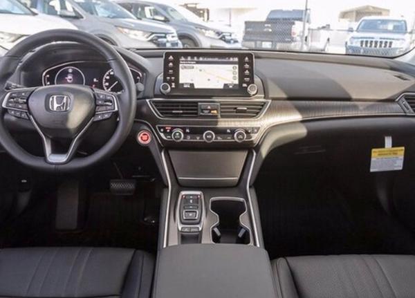 海外版新款本田雅阁实车图曝光 提供两种动力系统可选