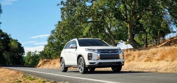 全新三菱欧蓝德公布海外售价 搭2.0L/2.4L发动机