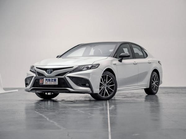 中期改款丰田凯美瑞正式上市 售价17.98-26.98万元