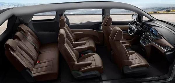 别克GL8 Land商务舱增加内饰配色豪华配置 提供舒适体验