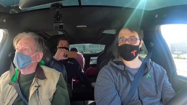 特斯拉的拆车大王和马斯克在49分钟的面对面采访中谈了些什么