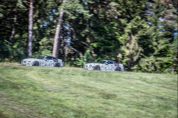 全新奔驰SL级测试谍照 双门四座敞篷设计