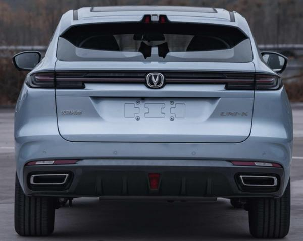 长安UNI-K疑似售价曝光 2.0T车型卖17.99万起 预计4月上海车展上市