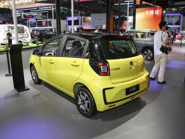 思皓E10X即将预售 预售价3.99万元起 续航302km