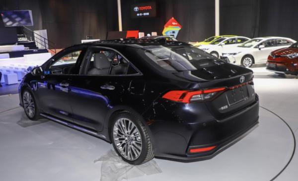 一汽丰田ALLION定名亚洲狮 计划3月29日上市