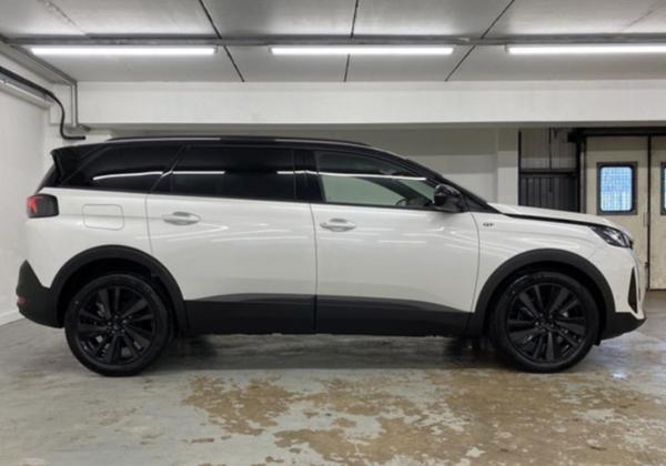 新款标致5008实车图曝光 国产版车型将于今年4月上市