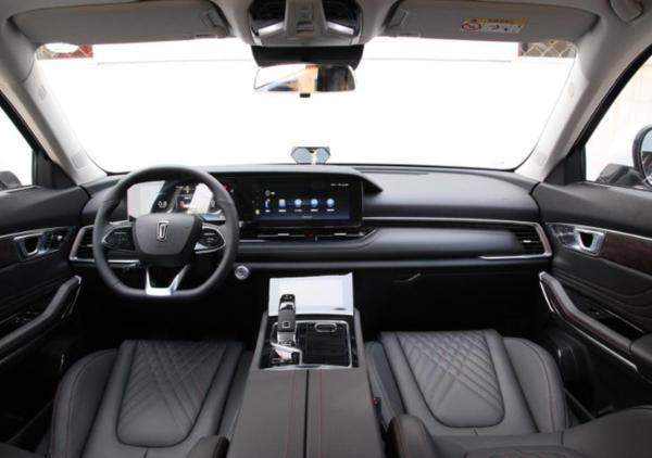 奔腾T99推机长版车型 将3月27日正式上市