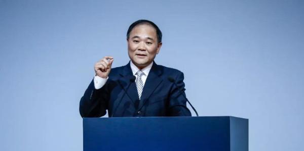 李书福:吉利自研中控芯片将于2023年装配上车