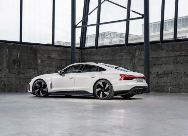 全新奥迪e-tron GT正式投产 与R8共线生产 基于J1平台打造
