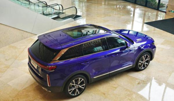一汽奔腾T99机长版正式上市 售19.19万元 安全性全面升级