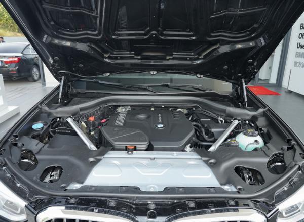 新款宝马X3路试谍照曝光 保留现款车型外观 配置将再度升级
