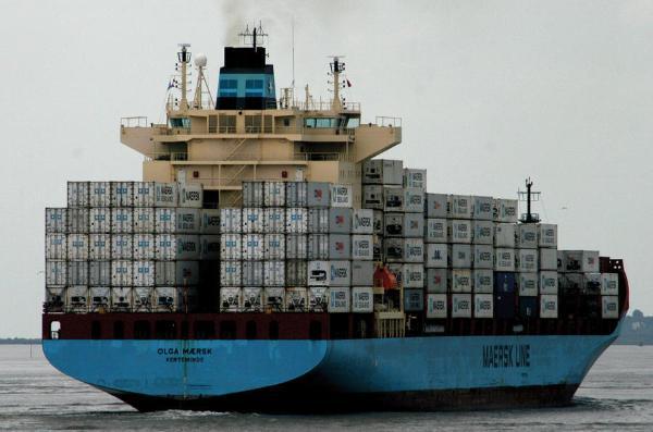 苏伊士运河断航,或加剧车企生产中断