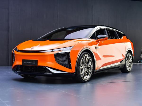 高合HiPhi X新车型明日公布售价 或50万元起售