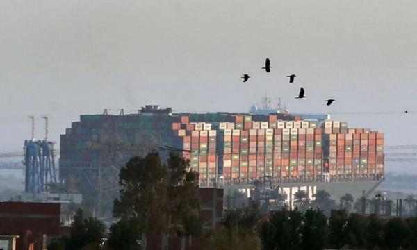 苏伊士运河阻塞汽车公司的生产或进一步中断