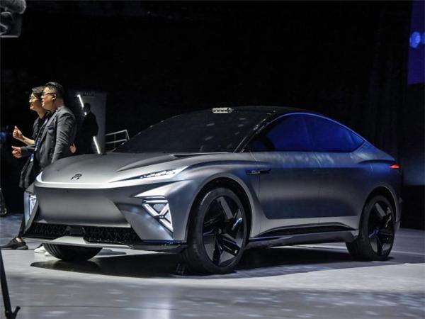 R车ES33亮相 内饰将在上海车展正式推出
