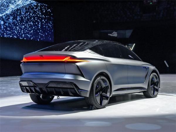 R汽车ES33外观亮相,内饰将于上海车展正式首发