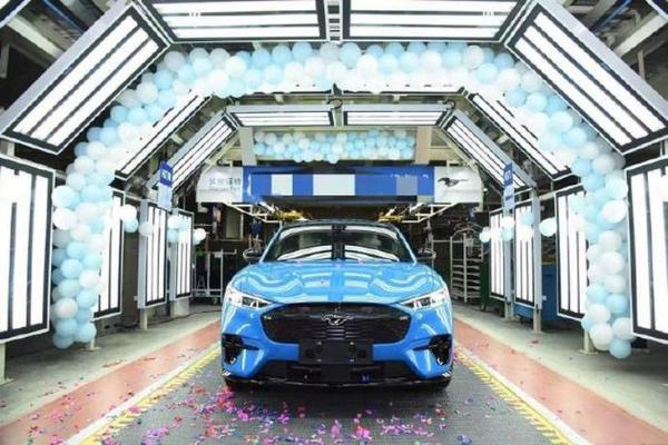 国产福特Mustang Mach-E工程试制车下线 续航超600km