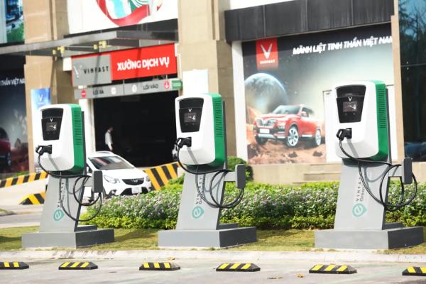 越南文氏集团为富士康电动汽车生产电池和零部件